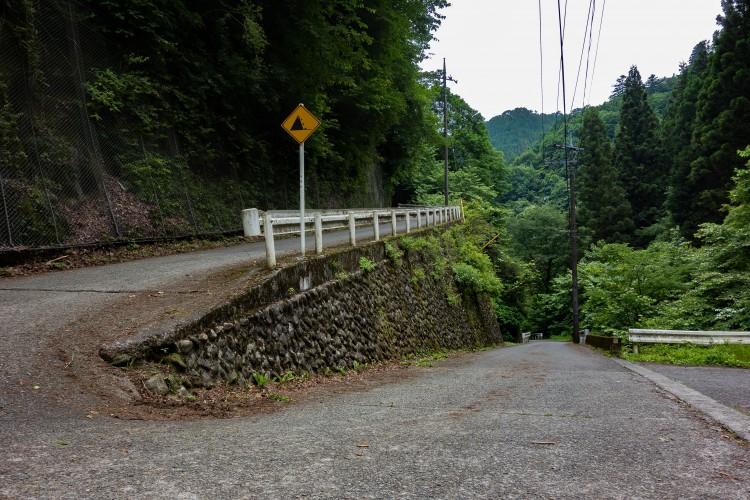 風張林道入り口