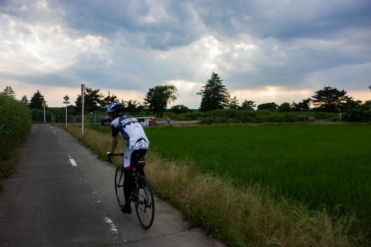 暗くなってきた荒川サイクリングロード